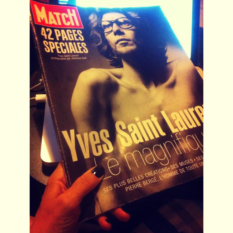 Paris Match com uma retrospectiva de YSL, em 2008, ano de sua morte.